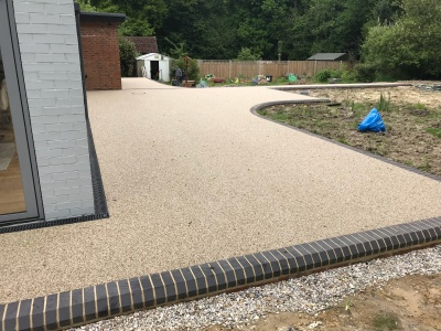 Resin bound surface - 18mm - SUDS compliant